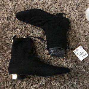 Zara Black sock boot low heel size 7.5